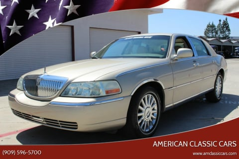 2004 Lincoln Town Car for sale at American Classic Cars in La Verne CA