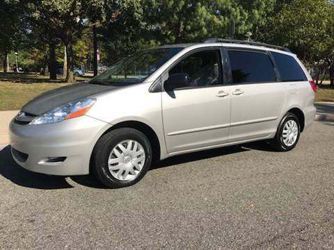 2008 Toyota Sienna for sale in Corona, NY
