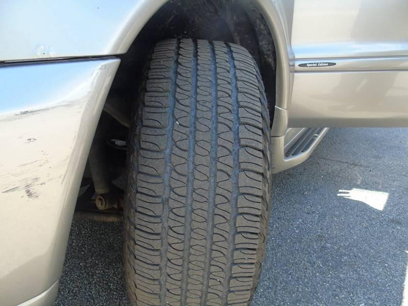 2005 Mercedes-Benz M-Class AWD ML 500 4MATIC 4dr SUV - Kensington CT