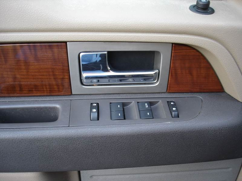 2010 Ford F-150 Lariat (image 7)