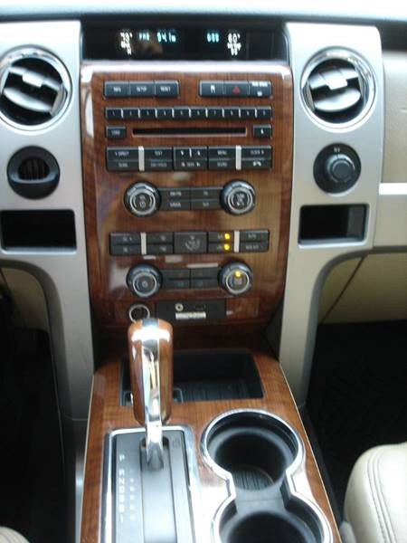 2010 Ford F-150 Lariat (image 9)