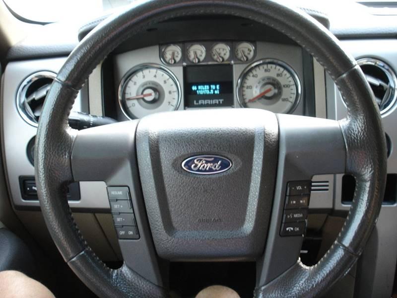 2010 Ford F-150 Lariat (image 16)
