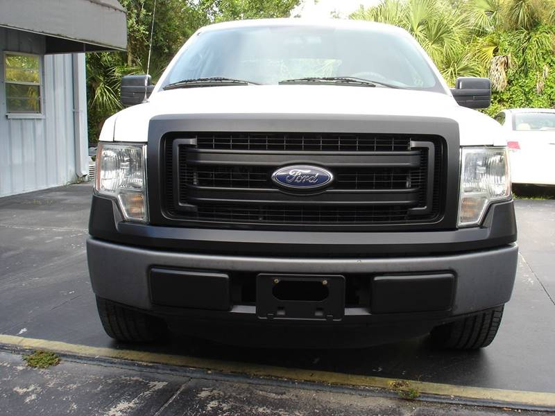 2013 Ford F-150 XL (image 4)