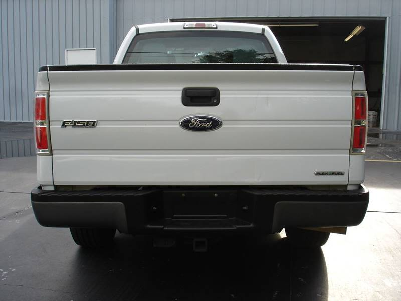2013 Ford F-150 XL (image 6)