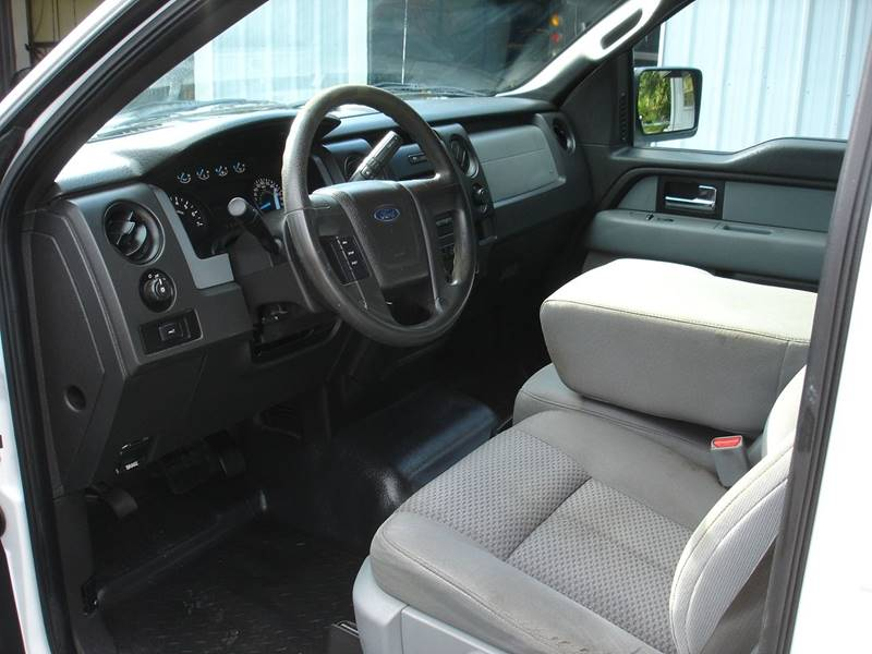 2013 Ford F-150 XL (image 7)