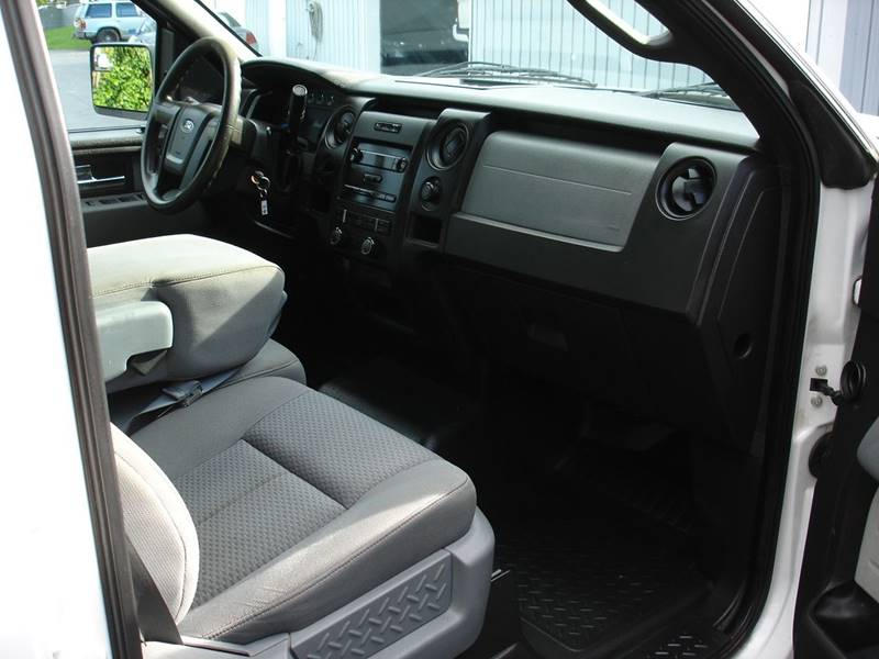 2013 Ford F-150 XL (image 11)