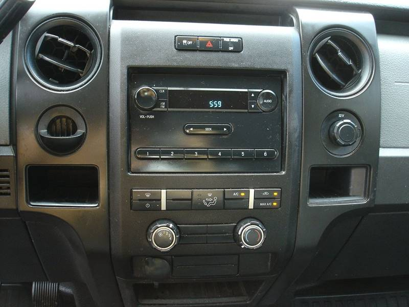 2013 Ford F-150 XL (image 14)