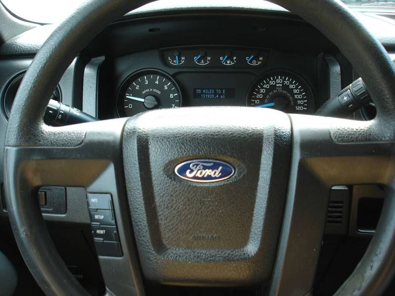 2013 Ford F-150 XL (image 15)