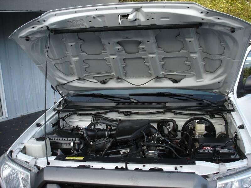 2014 Toyota Tacoma 4x2 2dr Regular Cab 6.1 ft SB 4A - Nokomis FL