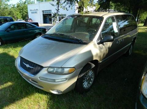 2000 Chrysler Town and Country for sale in Quinnesec MI