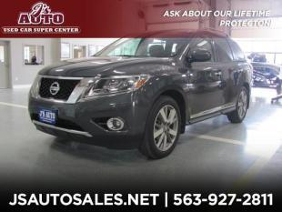 2013 Nissan Pathfinder for sale in Manchester, IA