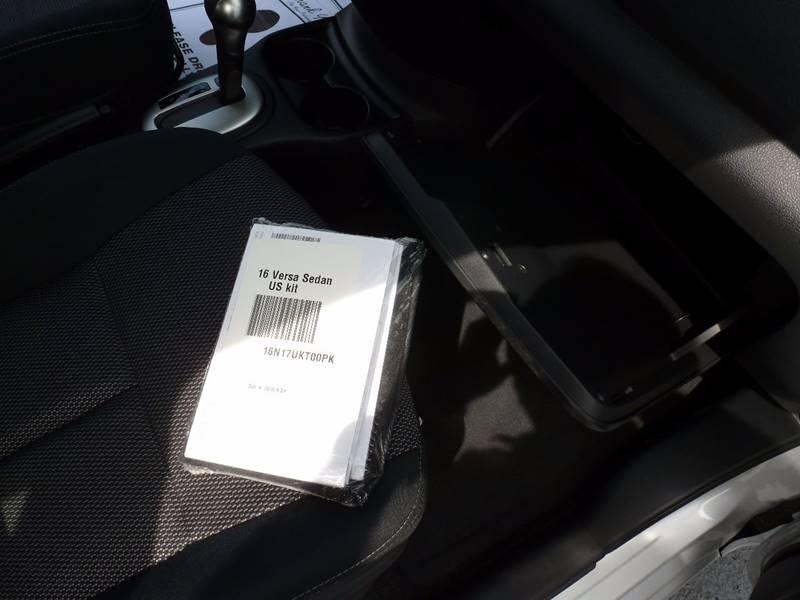 2016 Nissan Versa 1.6 SV 4dr Sedan - Elizabethtown KY