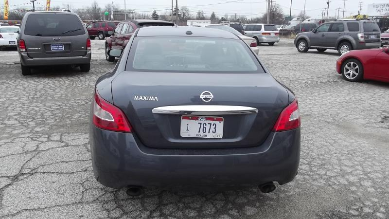 2009 Nissan Maxima SV - Cleveland OH