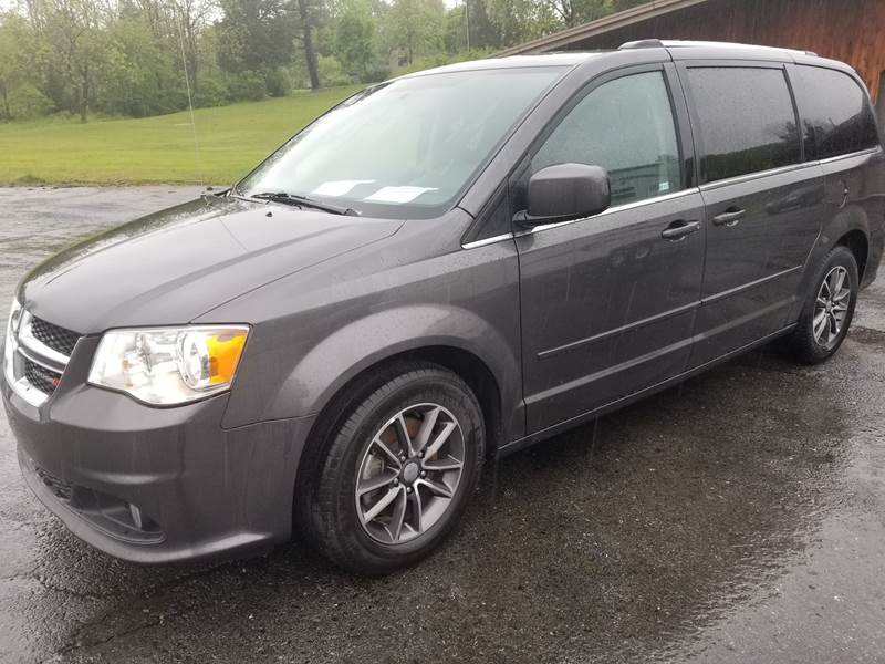 2017 Dodge Grand Caravan for sale at Ulsh Auto Sales Inc. in Summit Station PA