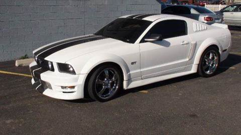 2006 Ford Mustang for sale at THE MANHATTAN AUTO GROUP in Greeley CO
