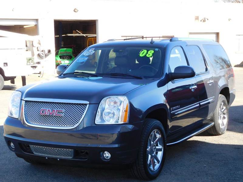 2008 GMC Yukon XL for sale at THE MANHATTAN AUTO GROUP in Greeley CO