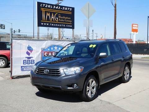2009 Toyota Highlander for sale at THE MANHATTAN AUTO GROUP in Greeley CO