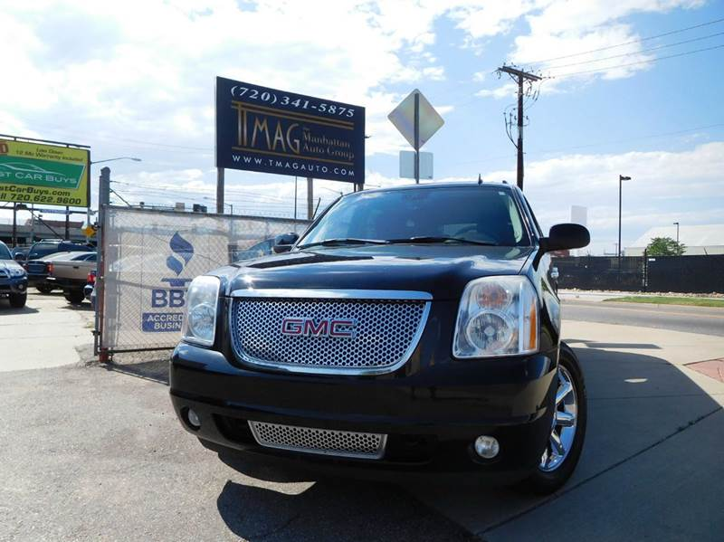 2007 GMC Yukon XL for sale at THE MANHATTAN AUTO GROUP in Greeley CO