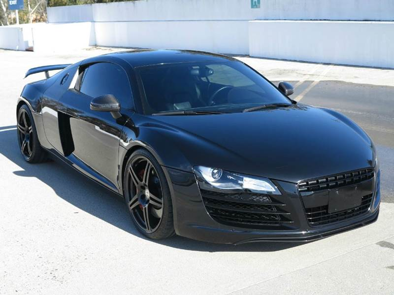 2009 Audi R8 for sale at THE MANHATTAN AUTO GROUP in Greeley CO