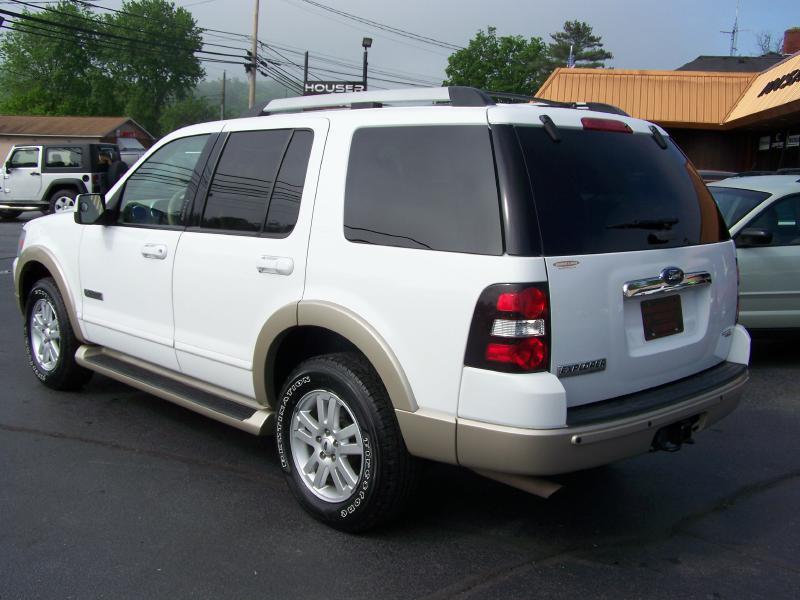 2006 Ford Explorer Eddie Bauer 4dr SUV 4WD w/V6 - Blountville TN