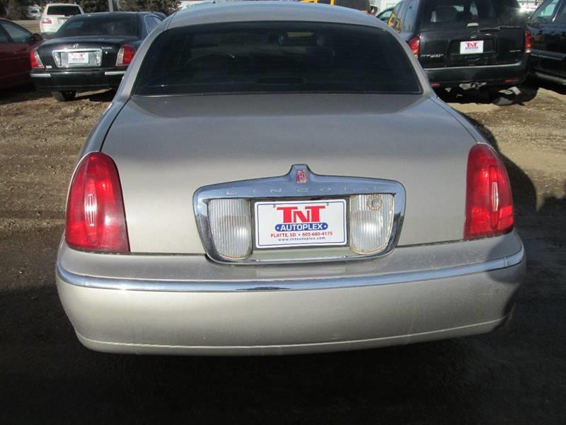 2000 Lincoln Town Car Executive 4dr Sedan In Platte Sd Tnt Auto Plex