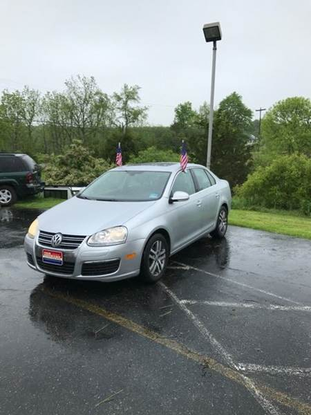 2005 Volkswagen Jetta for sale at Car Country USA in Augusta NJ