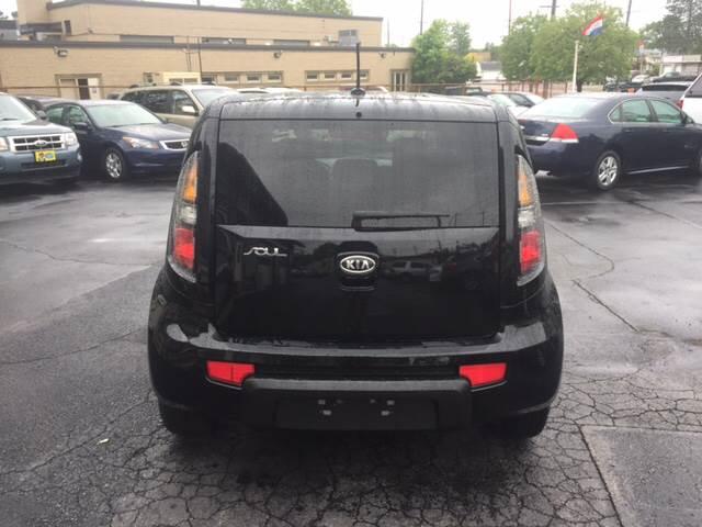 2011 Kia Soul + 4dr Wagon 4A - Cleveland OH