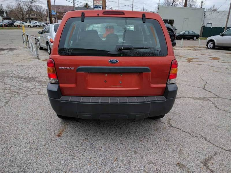2006 Ford Escape XLS 4dr SUV w/Automatic - Cleveland OH