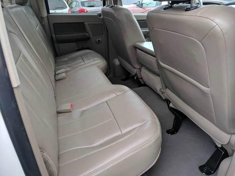 2008 Dodge Ram Pickup 1500 SLT 4dr Quad Cab SB RWD - Cleveland OH