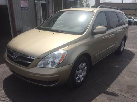 2008 Hyundai Entourage for sale in Cleveland, OH