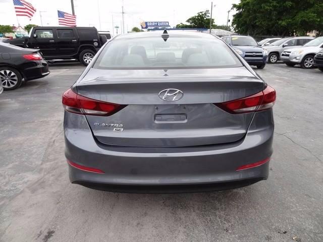 2017 Hyundai Elantra SE - Miramar FL