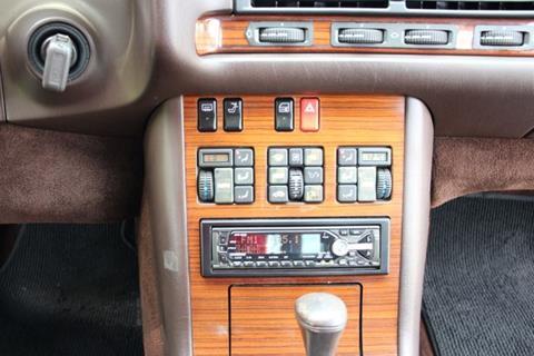 1993 Mercedes-Benz 400-Class