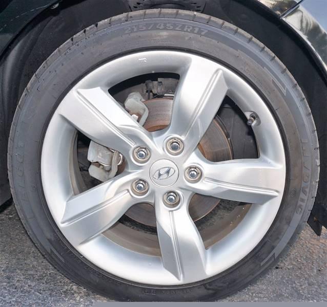 2012 Hyundai Veloster 3dr Coupe w/Black Seats - Miramar FL