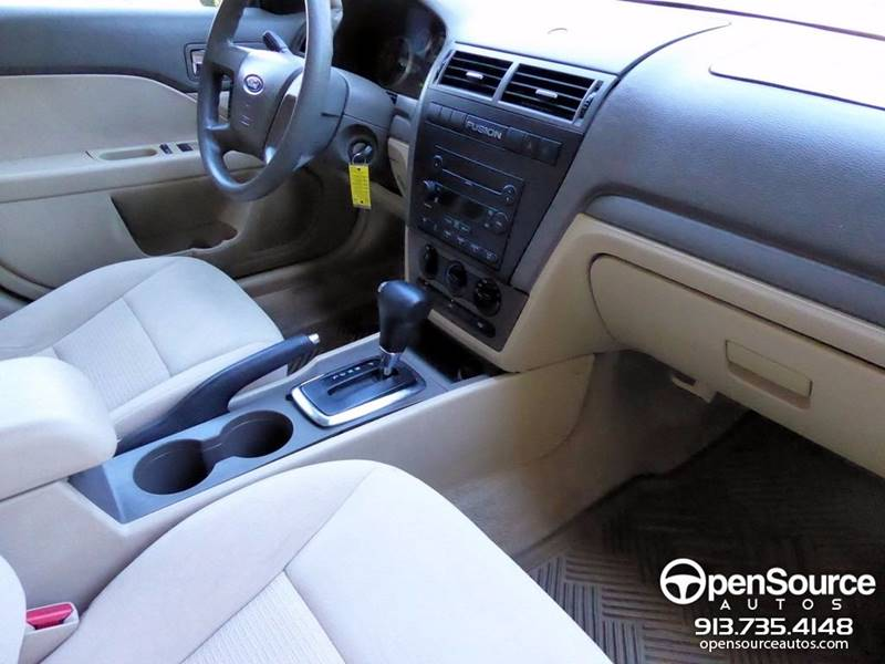 2006 Ford Fusion I4 S 4dr Sedan - Mission KS
