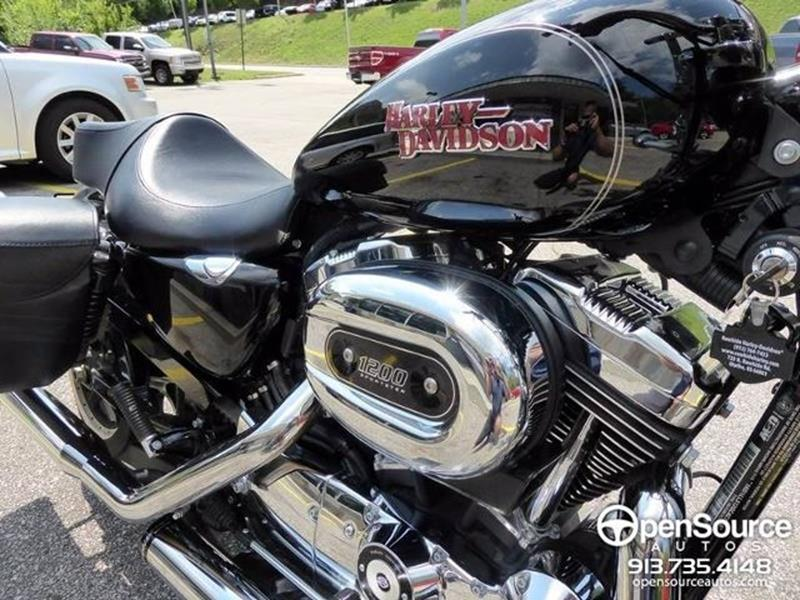 2016 Harley-Davidson Sportster SuperLow 1200T  - Mission KS