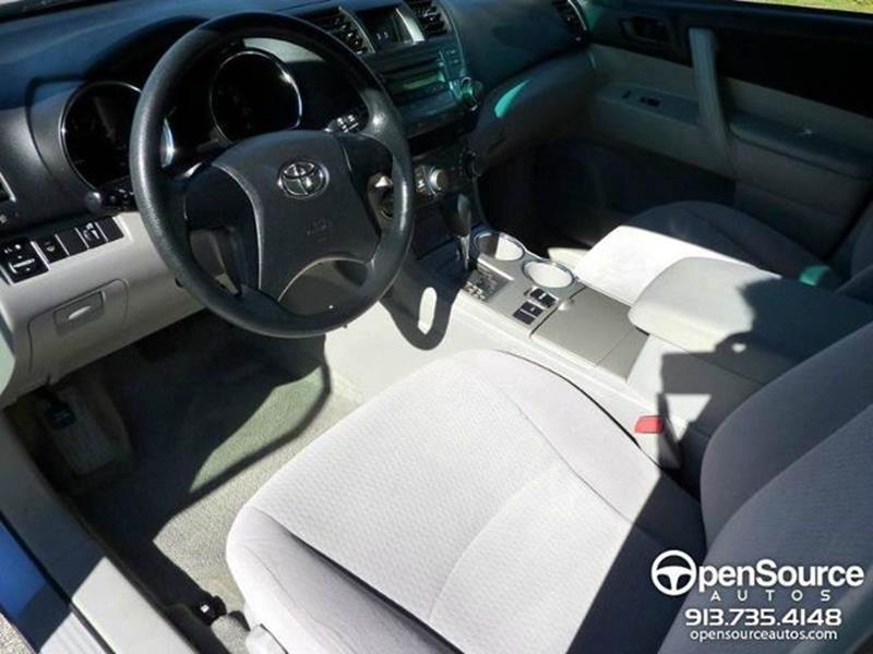 2008 Toyota Highlander 4dr SUV - Mission KS