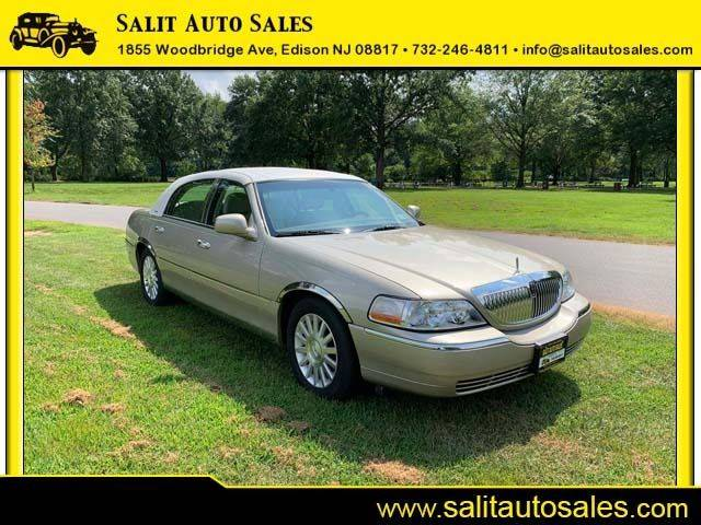 Lincoln Town Car 2004 for Sale in Edison, NJ