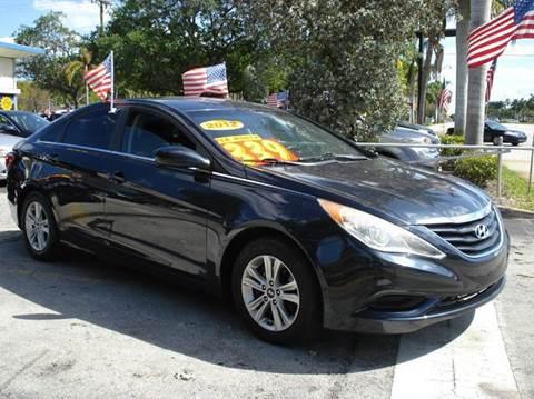 2011 Hyundai Sonata for sale at Auto World US Corp in Plantation FL