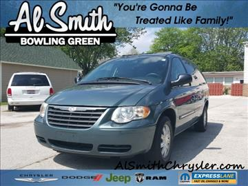 2005 Chrysler Town and Country for sale in Bowling Green, OH