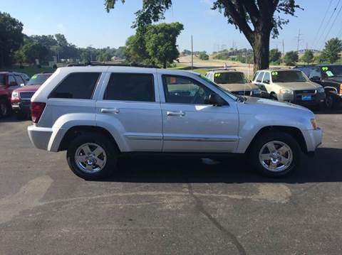 2005 Jeep Grand Cherokee for sale at Iowa Auto Sales, Inc in Sioux City IA