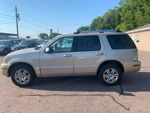 2007 Mercury Mountaineer for sale at Iowa Auto Sales, Inc in Sioux City IA