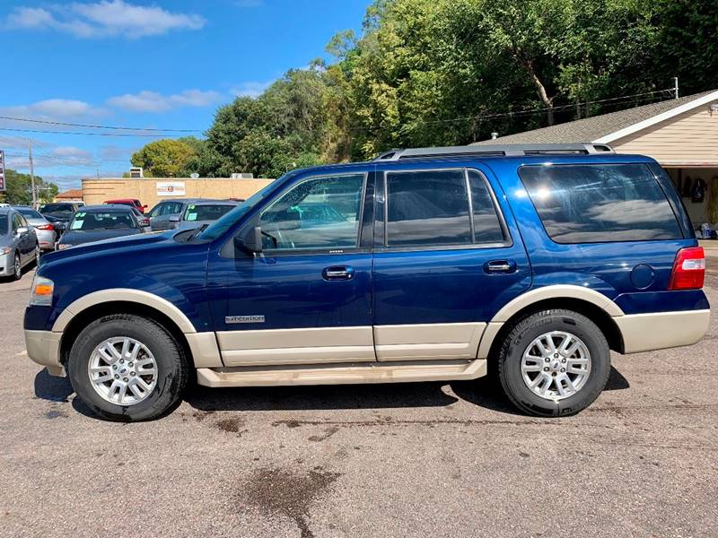 2007 Ford Expedition for sale at Iowa Auto Sales, Inc in Sioux City IA
