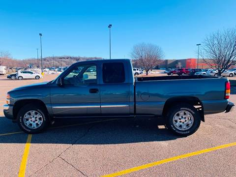 2006 GMC Sierra 1500 for sale at Iowa Auto Sales, Inc in Sioux City IA