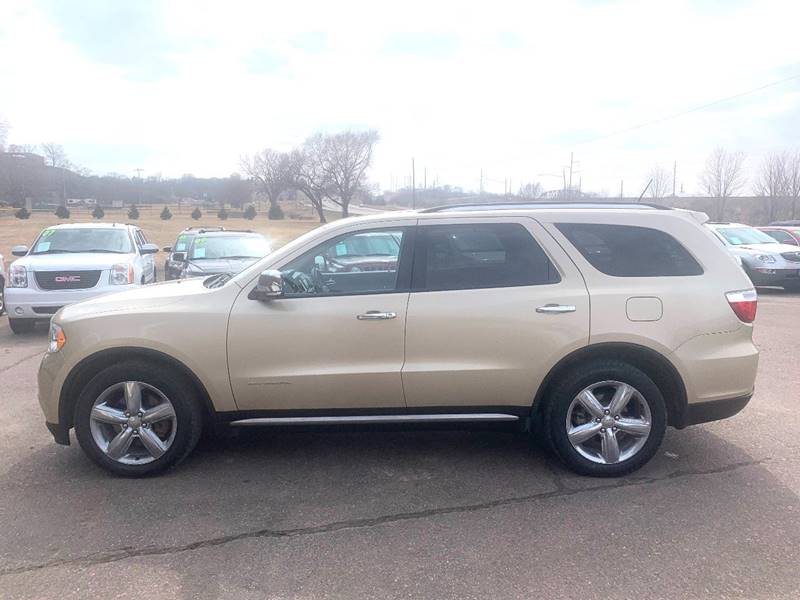 2011 Dodge Durango for sale at Iowa Auto Sales, Inc in Sioux City IA