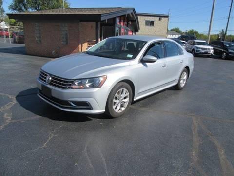 2016 Volkswagen Passat for sale in Fenton, MO