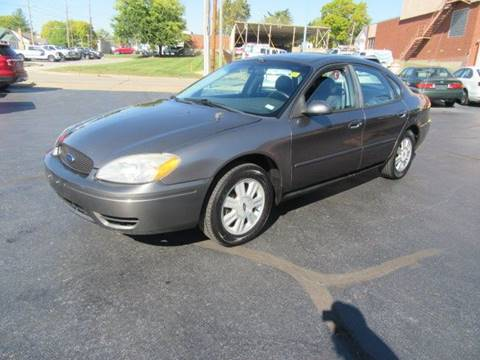 2004 Ford Taurus for sale in Fenton, MO