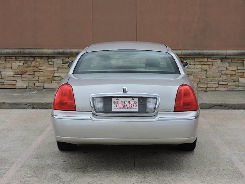 2007 Lincoln Town Car Signature Limited 4dr Sedan - Houston TX