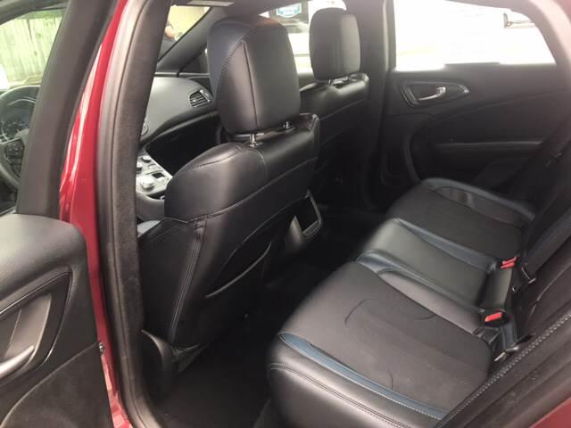 2015 Chrysler 200 S 4dr Sedan - Virginia Beach VA