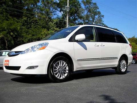 2008 Toyota Sienna for sale in Perry, OH