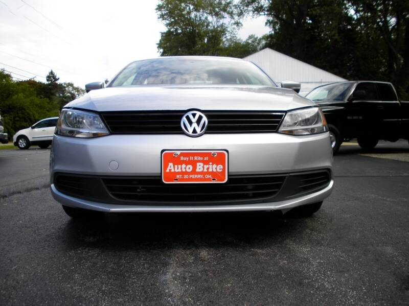 2012 Volkswagen Jetta SE 4dr Sedan 6A w/ Convenience - Perry OH
